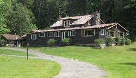 Descente Lodge Vacation Rental NY